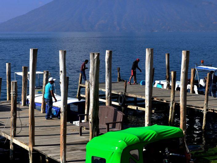 Deambulando en Lago Atitlán, Guatemala